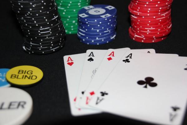 Poker spielen